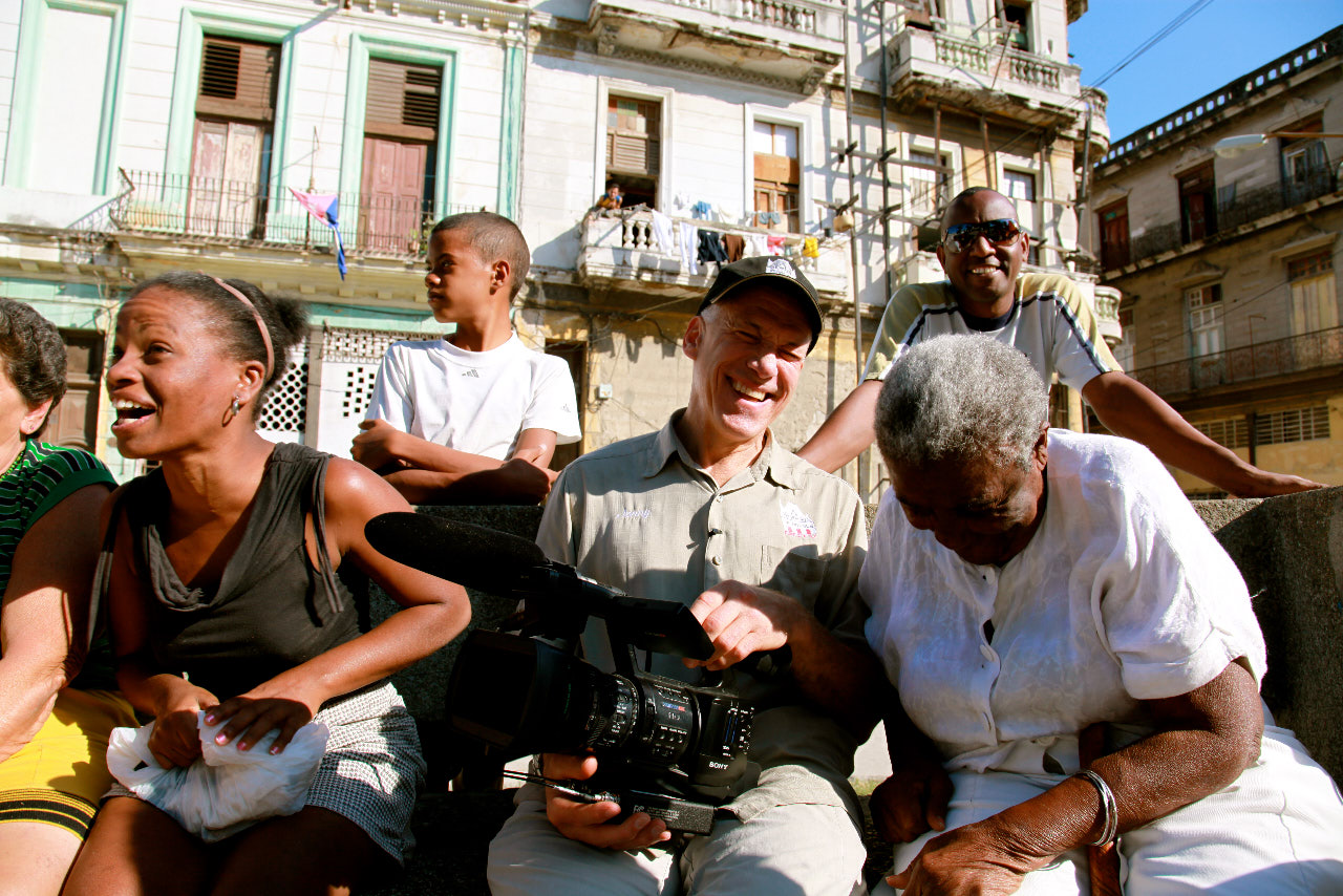 CUBA AND THE CAMERAMAN by Jon Alpert