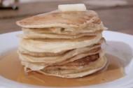 LUDO BITES AMERICA: Atole Piñon Hotcakes