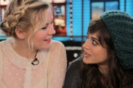 Photos: Lizzy Caplan, Kirsten Dunst & all the BACHELORETTE ladies