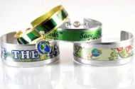 Michigan siblings upcycling aluminum cans into jewelry