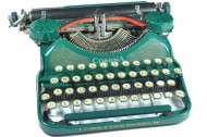 Best of the Web: Send emails with a vintage typewriter & shop from your favorite flicks
