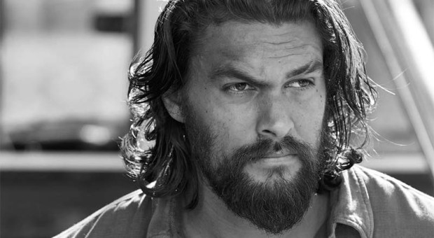 Jason-Momoa-Phillip-Kopus-The-Red-Road-Black-White-800x450