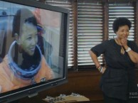 Dr. Mae Jemison wows the class with her backstory in spaceflight.