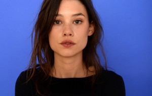 Astrid Berges-Frisbey (I ORIGINS)