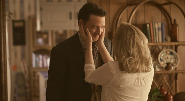 "Critics Praise Season 2 of ""Rectify"" and Aden Young's ""Riveting"" Performance"