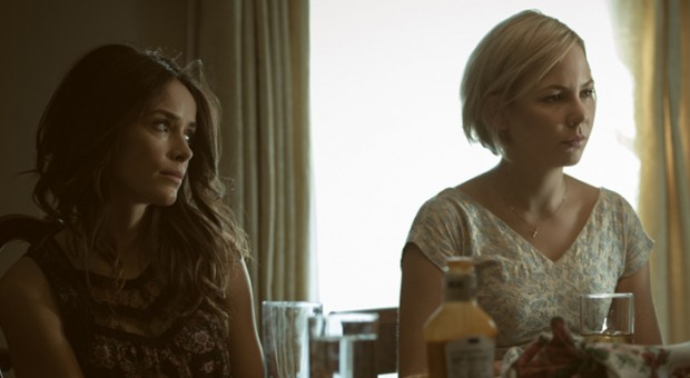 """Entertainment Weekly Celebrates """"RECTIFY's"""" Stillness; Bustle Reflects on Its Women"""