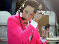Olympian Johnny Weir surprises the students at their outing to the ice skating rink.