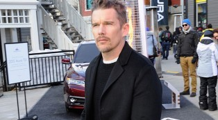 ethan_hawke_sighting_641x383