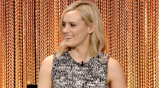 Taylor_Schilling_Behind_the_Story_Orange_is_the_New_Black_700x384