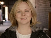 Adelaide Clemens takes questions from RECTIFY fans on Facebook and Twitter.