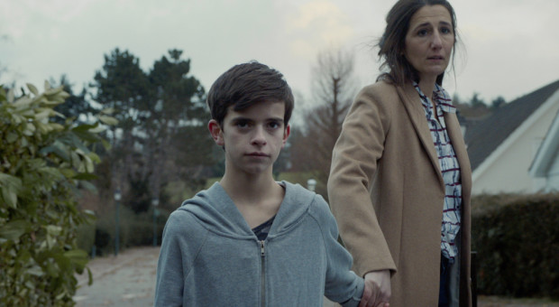 Victor (Swann Nambotin) and Madame Costa (Laetitia De Fombelle) in Episode 205.