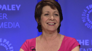 Ivonne-Coll_Jane_the_Virgin_Gallery