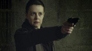 Sandrine (Constance Dolle) in Episode 207.