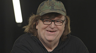 Michael-Moore_Documentary_Close-Up_1000x594