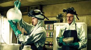 breaking-bad_science-quiz_aaron-paul-jesse-pinkman_bryan-cranston-walter-white_700x384