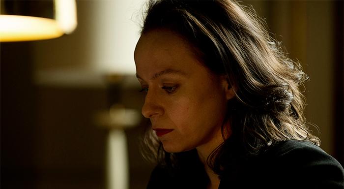 Naomi-Frankcom-The-Last-Panthers-Episode-103-41-700x384