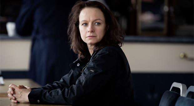 Naomi-Franckom-The-Last-Panthers-Episode-106-01-800x450