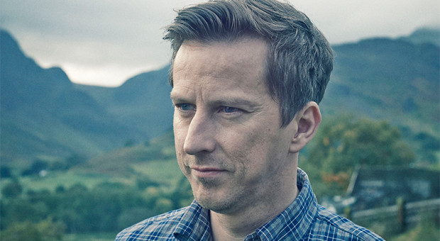 "6 Questions with ""THE A WORD"" Star Lee Ingleby (Paul)"