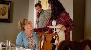 Rectify-Episode-402-Janet-Teddy-Talbot-Amantha-Holden-02-1000X594