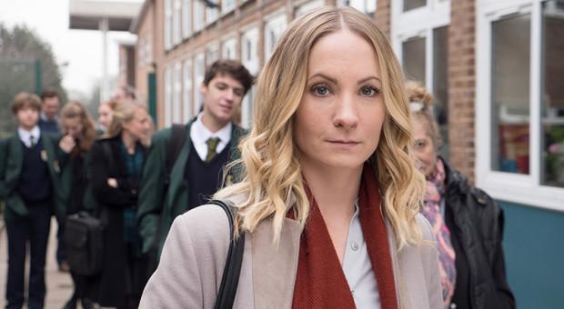 Liar-Episode-101-Laura-Nielson-Joanne-Froggatt-10-800x450