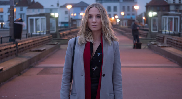 "<i>The NY Times</i>, <i>TV Guide</i> and <i>Newsweek</i> Rave Over Joanne Froggatt's ""Committed"" Performance in the ""Gripping"" <i>Liar</i>"