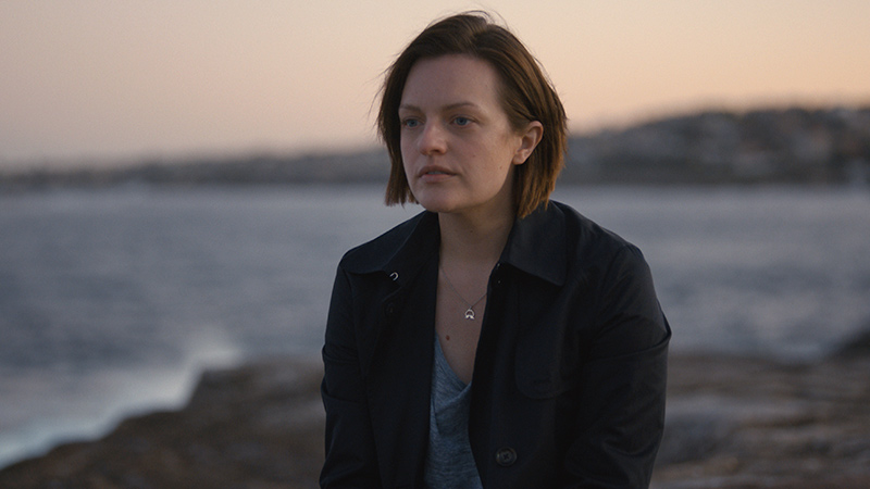 Top-of-the-Lake-China-Girl-Ep-1-Ch-1-10-Robin-Griffin-Elisabeth-Moss-800x450