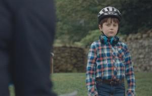 Eddie struggles to teach Joe to ride his bike without training wheels.