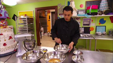 Staten Island Cakes: How To   Baking The Perfect Cake   WE tv