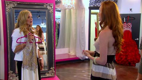 Michelle is furious when she finds a hole in a former Miss America's Dress.