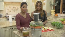 In this deleted scene, Tamar and Trina refuse to drink the green juice.