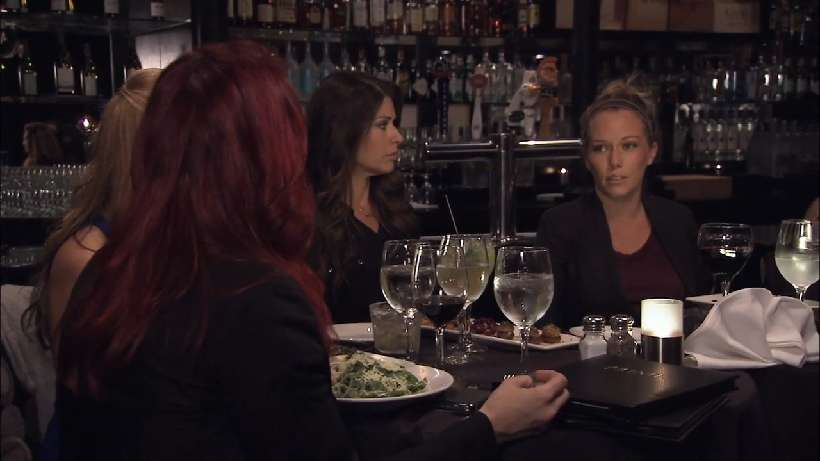 Can Kendra enjoy a girls night out?