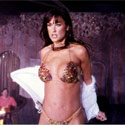demi-moore-striptease-125.jpg