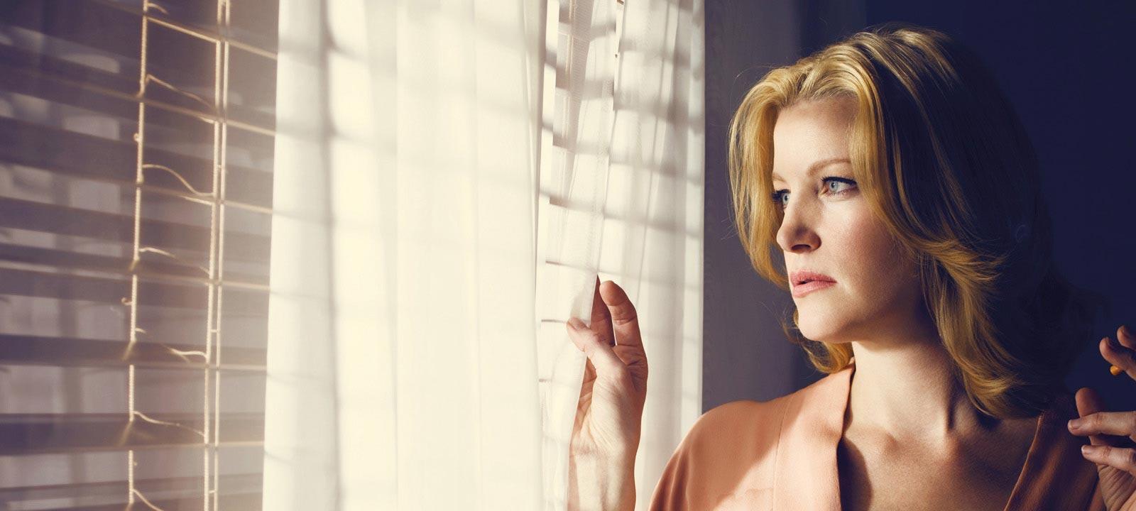 Skyler White (Anna Gunn) – Breaking Bad_Season 3 – Photo Credit: Ben Leuner/AMC