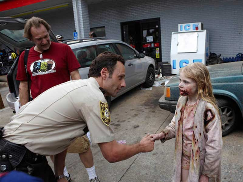 the-walking-dead-episode-101-rick-lincoln-800×600-bts