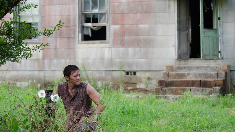 Inside Episode 204 The Walking Dead: Cherokee Rose