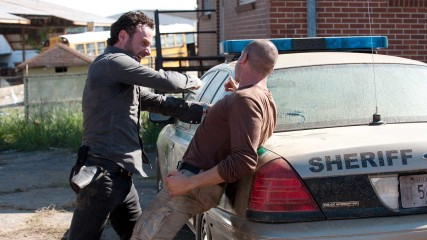 Rick and Shane's Fight Episode 210: Inside The Walking Dead