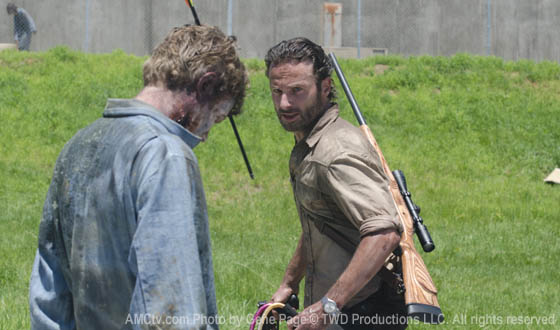 twd-episode-301-rick-walker-560.jpg