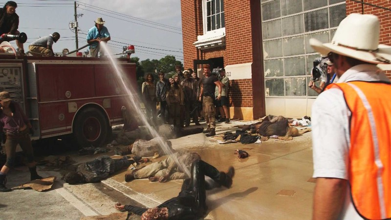 (SPOILERS) Making of Episode 505: The Walking Dead: Self Help