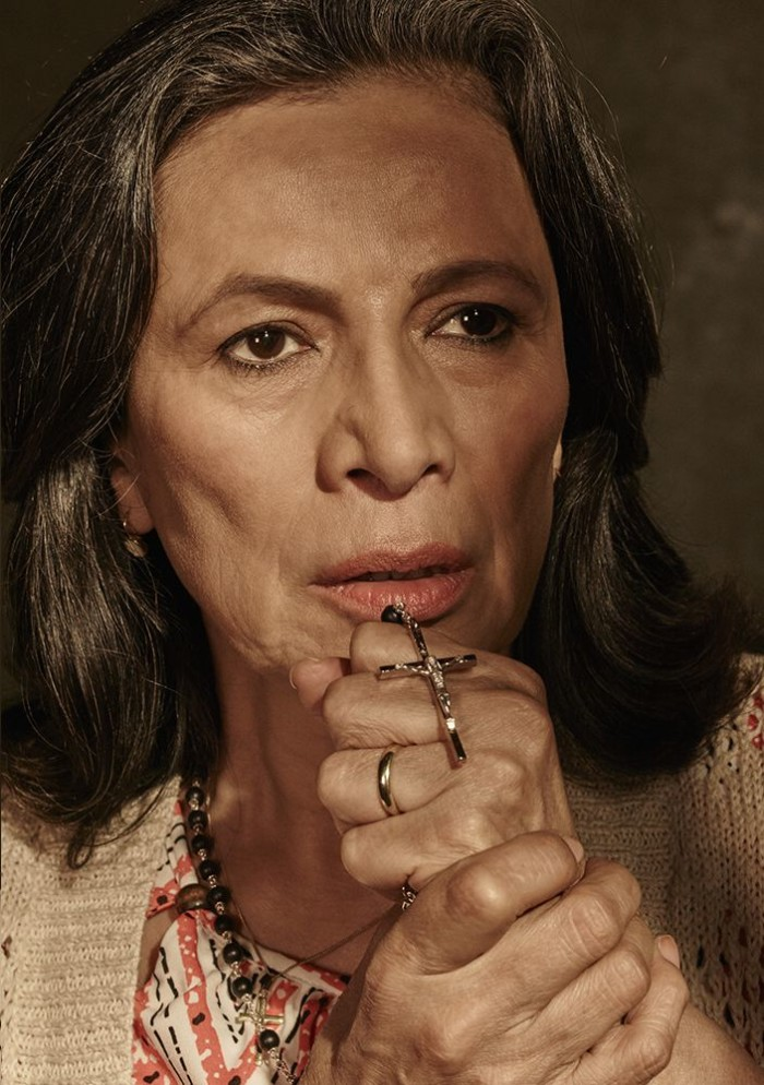 fear-the-walking-dead-season-1-gallery-griselda-spinolda-800×600