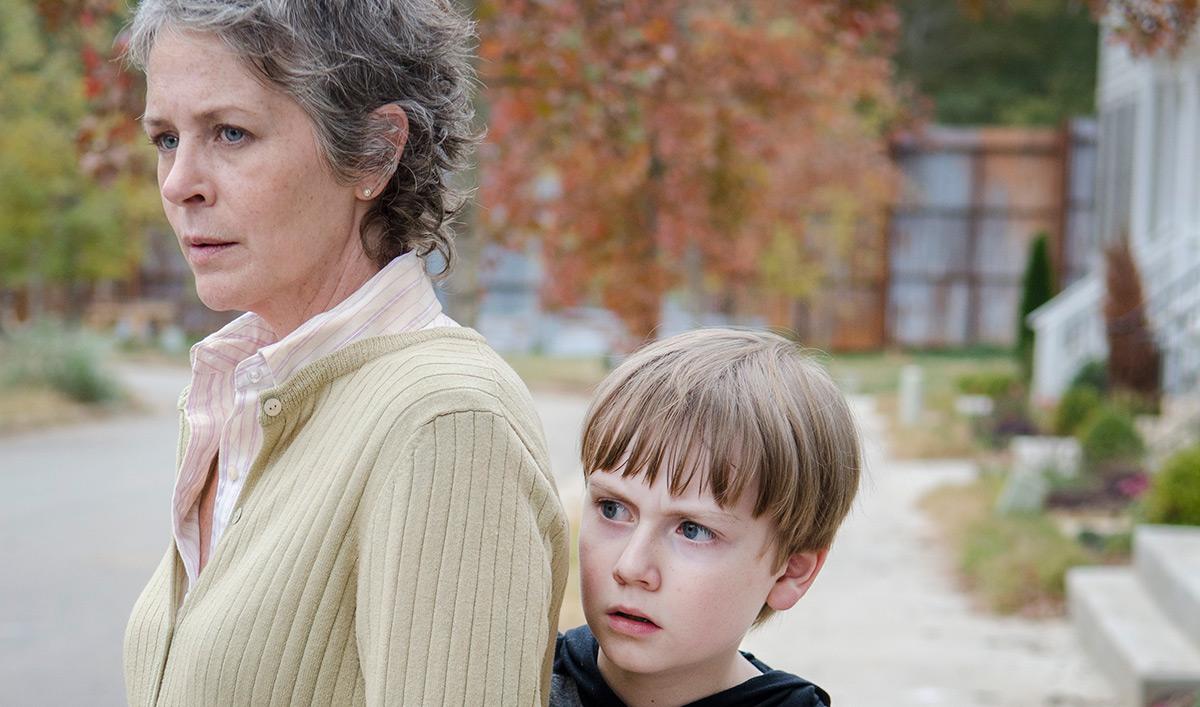 Melissa McBride Previews Season 7 Opener; <em>Esquire</em> Lauds <em>Dead</em>