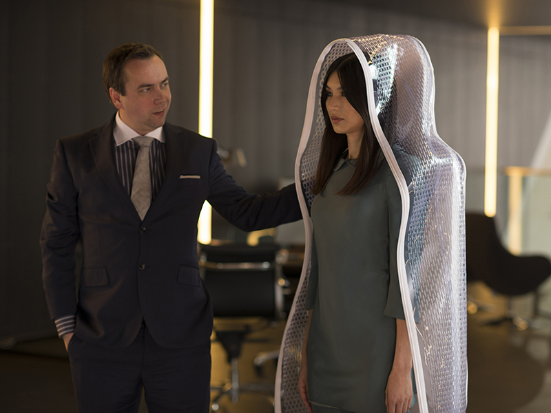 HUMANS-episode-101-anita-chan-unwrap-800