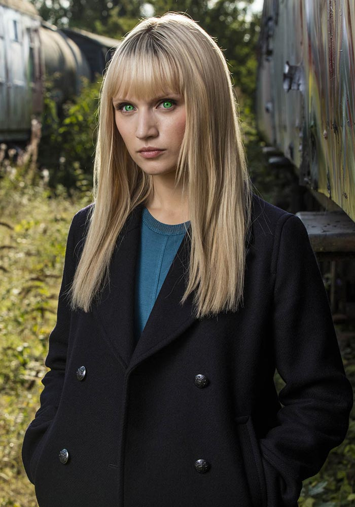 humans-season-2-niska-berrington-800×600