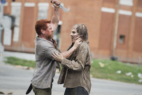 the-walking-dead-episode-505-abraham-cudlitz-600x400