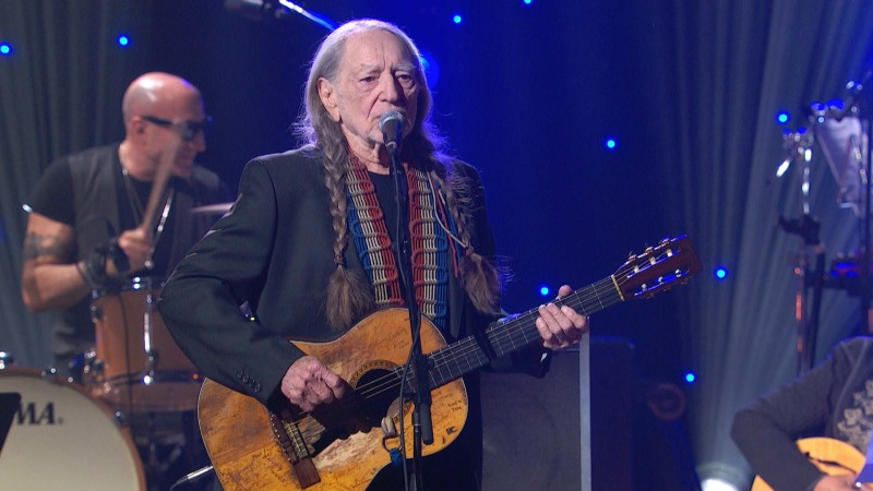 "Willie Nelson Performs ""Imagine"" at the Imagine: John Lennon 75th Birthday Concert"