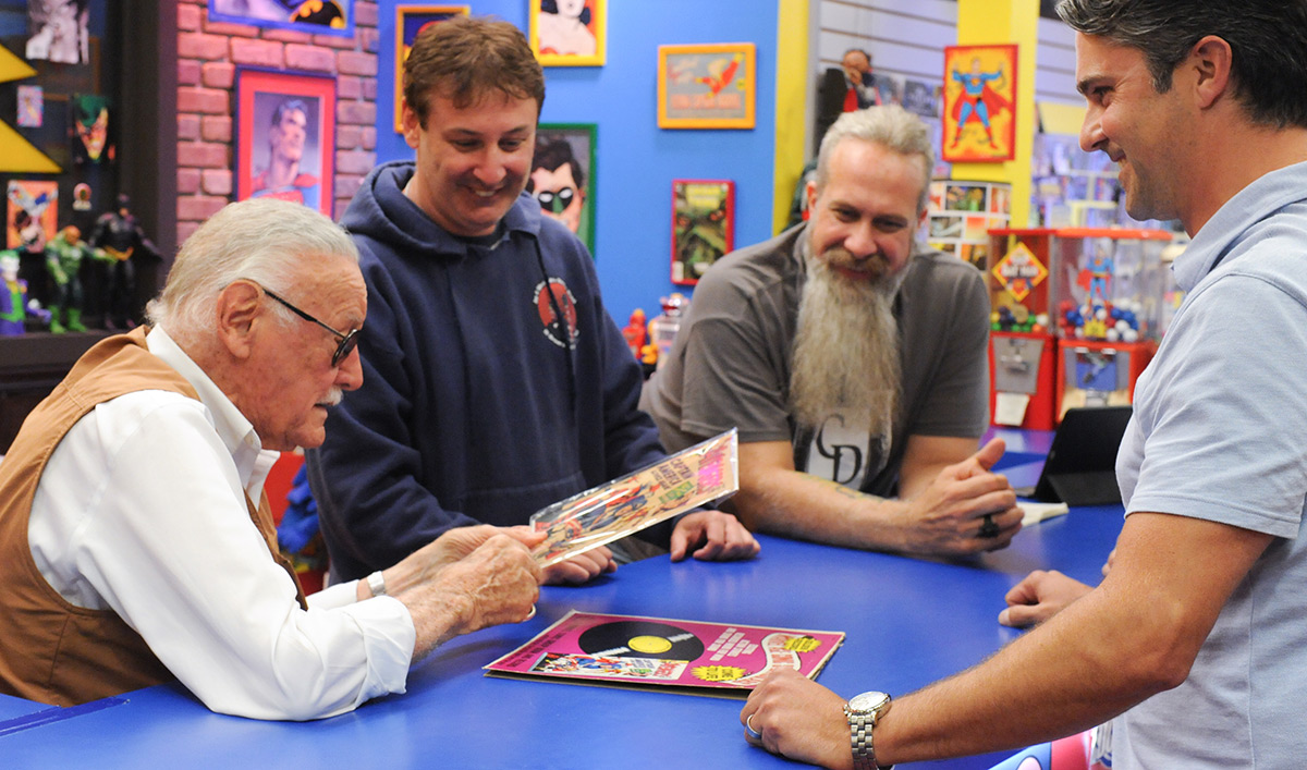 8 Ways to Get Ready for the <em>Comic Book Men</em> Midseason Premiere
