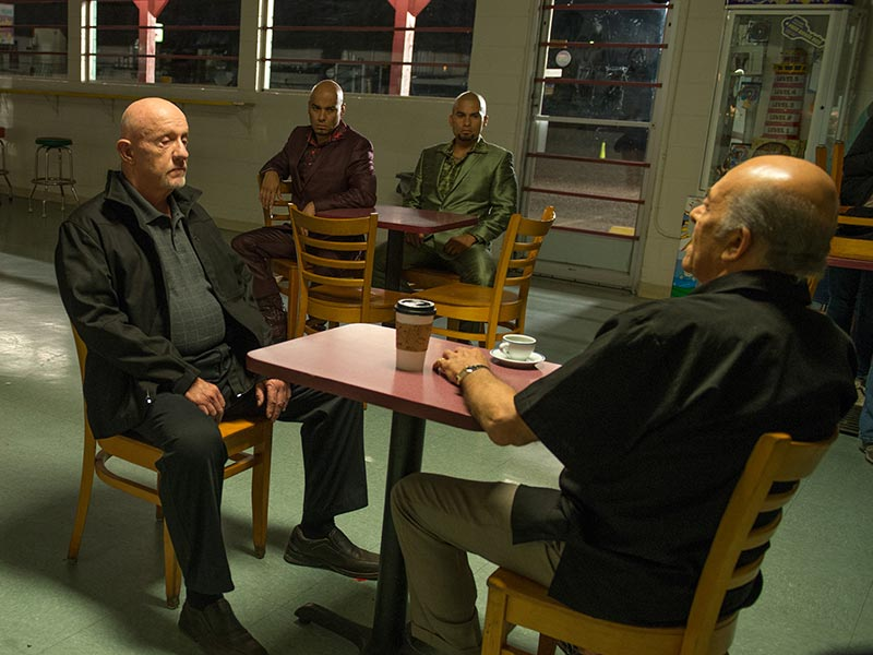 better-call-saul-episode-206-mike-banks-hector-margolis-cousins-sync-800×600