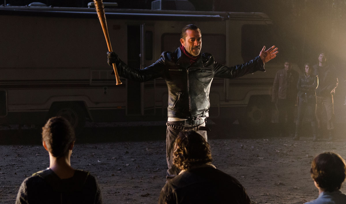 <em>EW</em> Interviews Jeffrey Dean Morgan; Gale Anne Hurd Discusses Negan