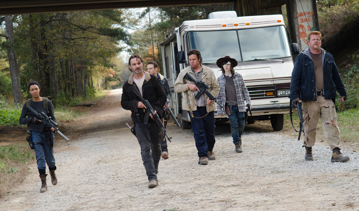 <em>The Walking Dead</em> Cast Reveals Why Negan Is the Worst Threat They've Ever Faced