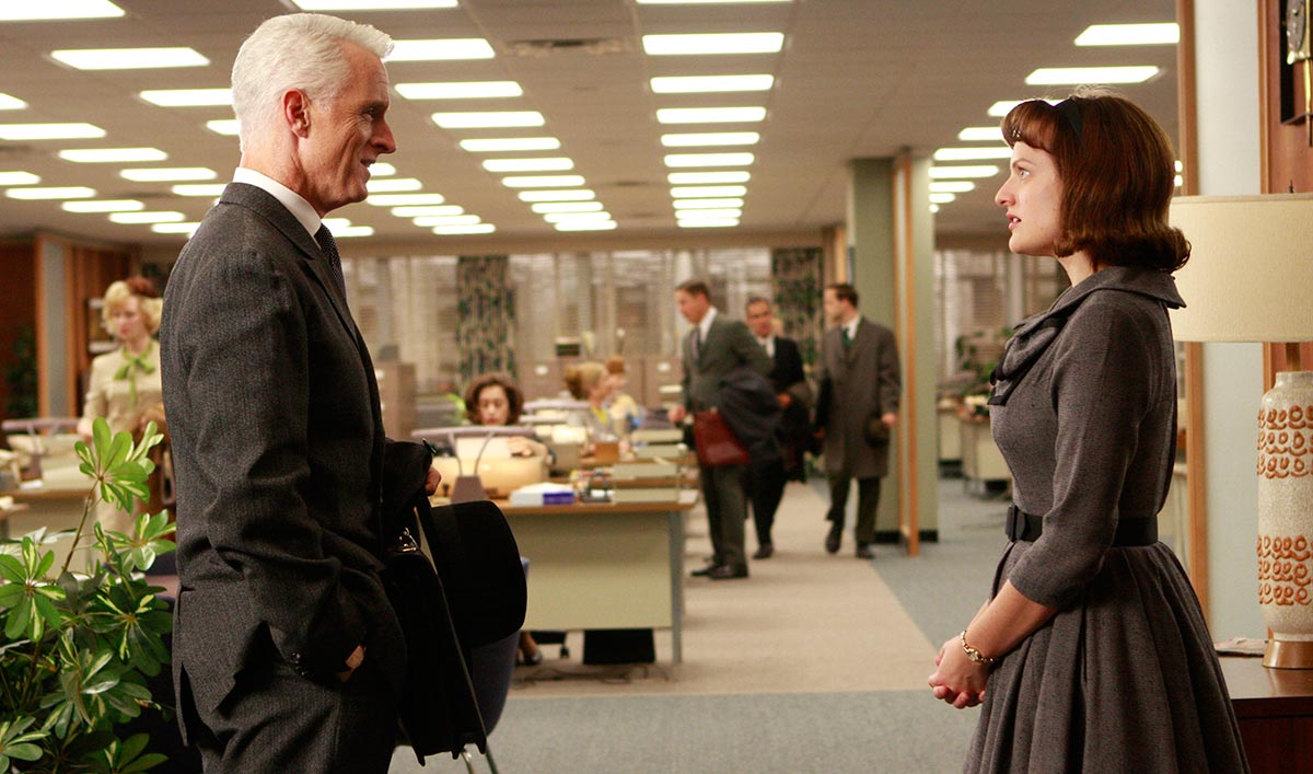 Elisabeth Moss Stars in Hulu Series; John Slattery to Play Eisenhower