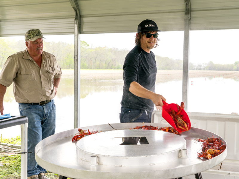 ride-105-norman-reedus-crawfish-800×600